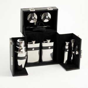 435_10_Piece_Flask_Shaker_Set_with_case