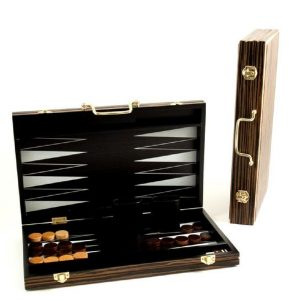 545_Backgammon_Set_with_Birch_Wood_Exterior_and_Black_and_White_Interior._2.0